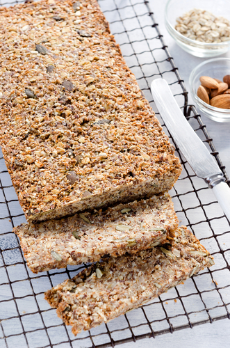 Bread: Gluten free, dairy free, paleo – and VERY easy